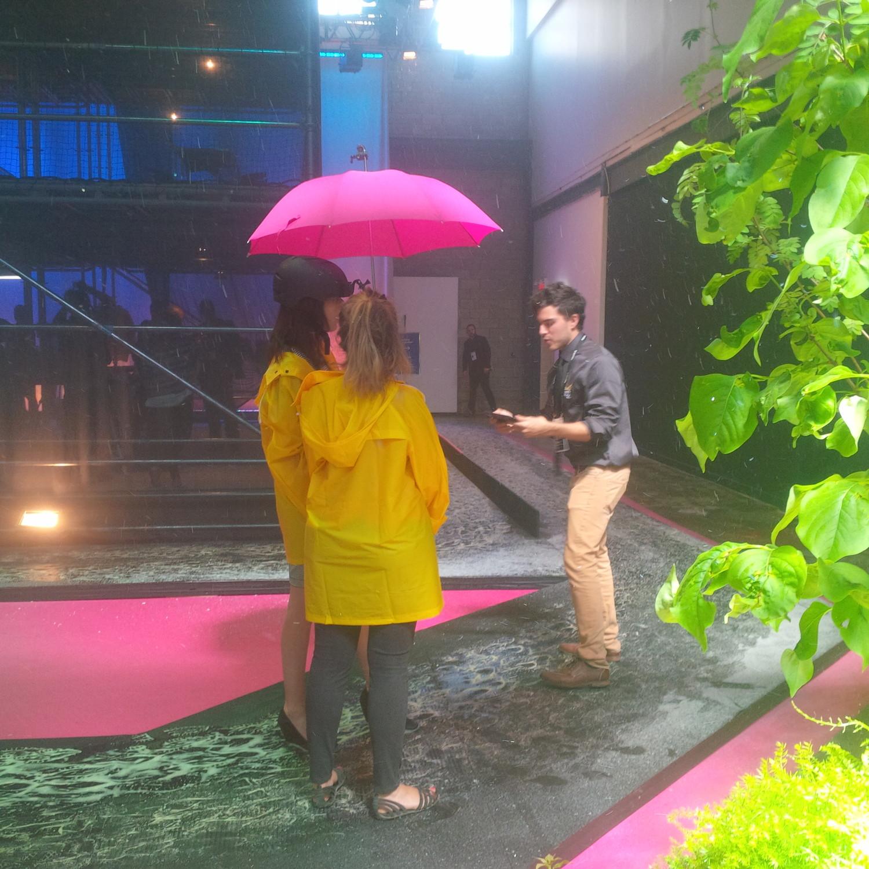 C2MTL_jour2_parapluie